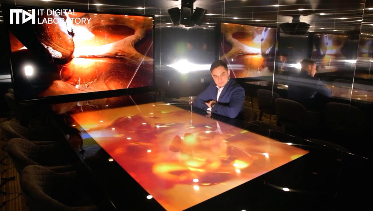 Специалисты компании ITDILAB разработали интерактивный бар к 150-летию Hennessy
